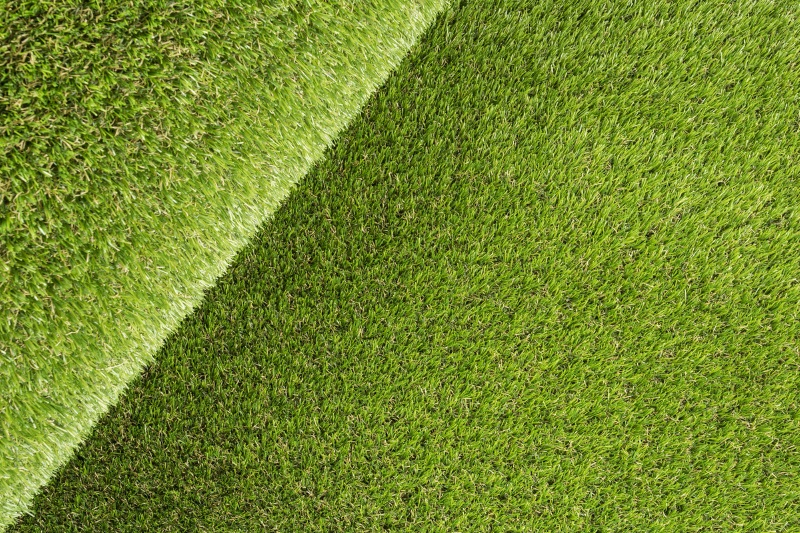 Solid Surface Artificial Grass
